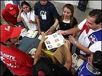 Recuento de votos en El Salvador.