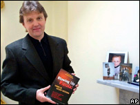 Alexander Litvinenko in London in 2002