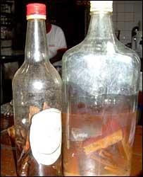Corteza de Pao y brandy local; una mezcla que los clientes de Café y Compañ�a aseguran es explosiva