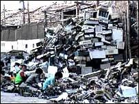 Frecuentemente los desechos de computadoras son enviados a pa�ses en desarrollo.