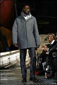 Miró afirmó que les hab�a pagado a los modelos una pequeña cantidad de dinero.