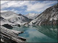 Los turistas extranjeros necesitan permisos especiales para visitar diversas partes de Tibet.
