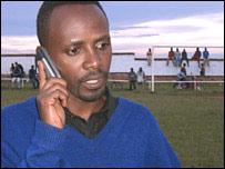 El director Gilbert Ndahayo dice que su pel�cula ha ayudado a sanarlo.
