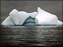 En sus profundidades, los océanos tienen importantes sumideros o reservas de CO2.