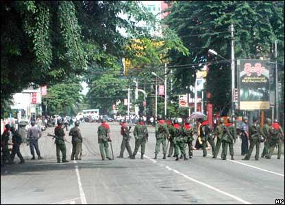 Soldiers block Rangoon street