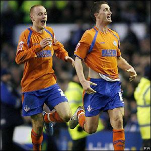 Everton 0 Oldham 1