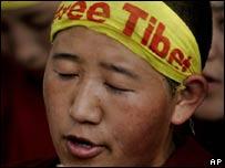 Free Tibet protester in Delhi, India, 18 March
