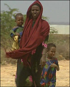 Owlia Yusuf Ibrahim with her daughters Amina, six, and Fatima, four