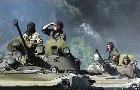 https://i1.wp.com/newsimg.bbc.co.uk/media/images/44931000/jpg/_44931625_tanks_afp.jpg