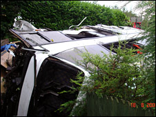 Crashed coach [BBC exclusive pic from Karen Taylor]