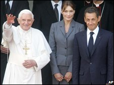 Carla Bruni and Nicolas Sarkozy with Pope Benedict XVI