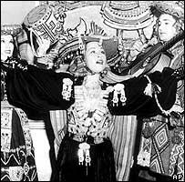 Yma Súmac en una aparición en los años '50