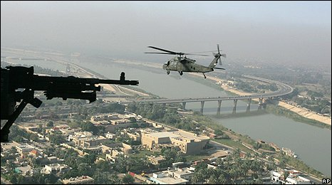 US helicopters fly over Baghdad