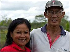 Ankham Ratanasingha and her husband