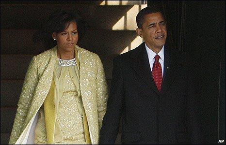 Barack dan Michelle Obama menghadiri misa tertutup menjelang pengambilan sumpah kepresidenan.