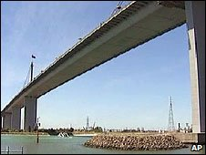 Screen grab of the West Gate Bridge, Melbourne, Australia, 29 January 2009