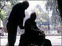Anciano con mal de Parkinson