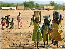 Sudanese children at Darfur refugee camp - 26/6/2008
