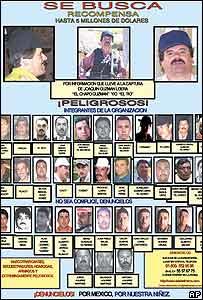 """Afiche  que ofrece recompensa por captura de """"El Chapo"""""""
