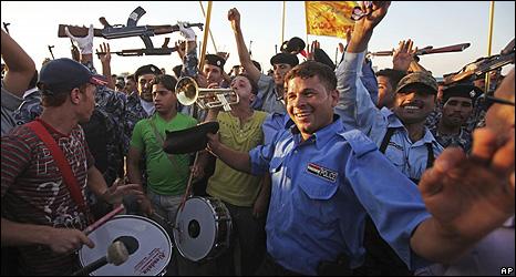 Iraqi celebrate 29 June 2009