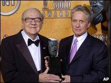 Karl Malden and Michael Douglas in 2004