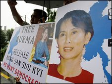 Supporters of Aung San Suu Kyi in Seoul, South Korea
