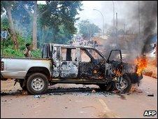 Burning car in Kampala 11.9.09