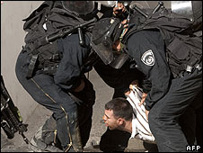 Israeli police arrest a Palestinian protester (09.10.09)
