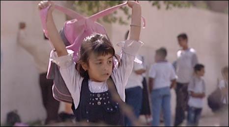 An Iraqi schoolgirl