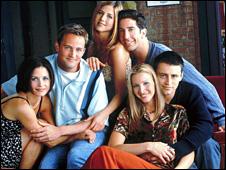 L-R: Courtney Cox-Arquette (Monica), Matthew Perry (Chandler), Jennifer Aniston (Rachel), David Schwimmer (Ross), Lisa Kudrow (Phoebe), Matt Le Blanc (Joey)