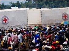 ICRC aid trucks in eastern DR Congo (2008)