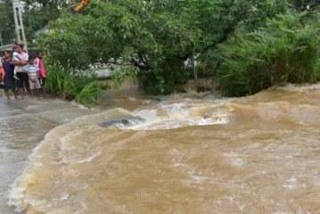 बाढ़ से 164 की मौत श्रीलंका में