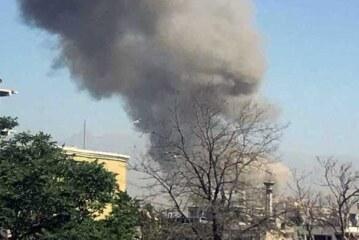 काबुल बैंक की शाखा के बाहर धमाके के कारण एक की मौत