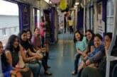 दिल्ली मेट्रो की ट्रेनों में महिलाओं के मुफ्त सफर की योजना पर आगे बढ़ेगी AAP सरकार