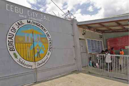 Cebu City officials are alarmed over the high number of HIV cases in the city jail. —JUNJIE MENDOZA / CEBU DAILY NEWS