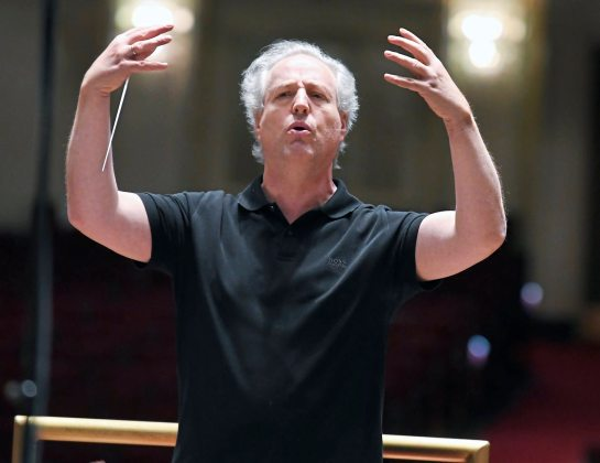 Pittsburgh Symphony Orchestra Conductor Manfred Honeck conducts rehearsal with the orchestra at Heinz Hall. (Nate Guidry/Post-Gazette)