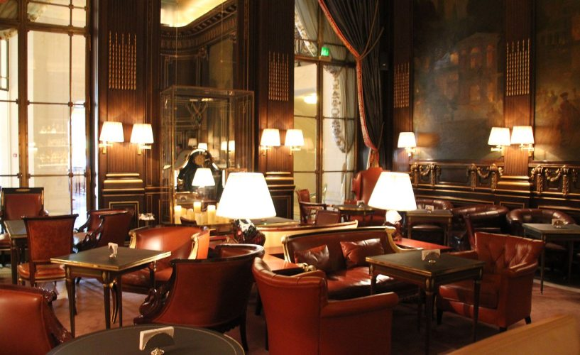 Quiet during the day, the bar at the five star Le Meurice with view of the Tuileries garden park at 228 Rue de Rivoli on the right bank is hot spot at night. credit Patricia Sheridan