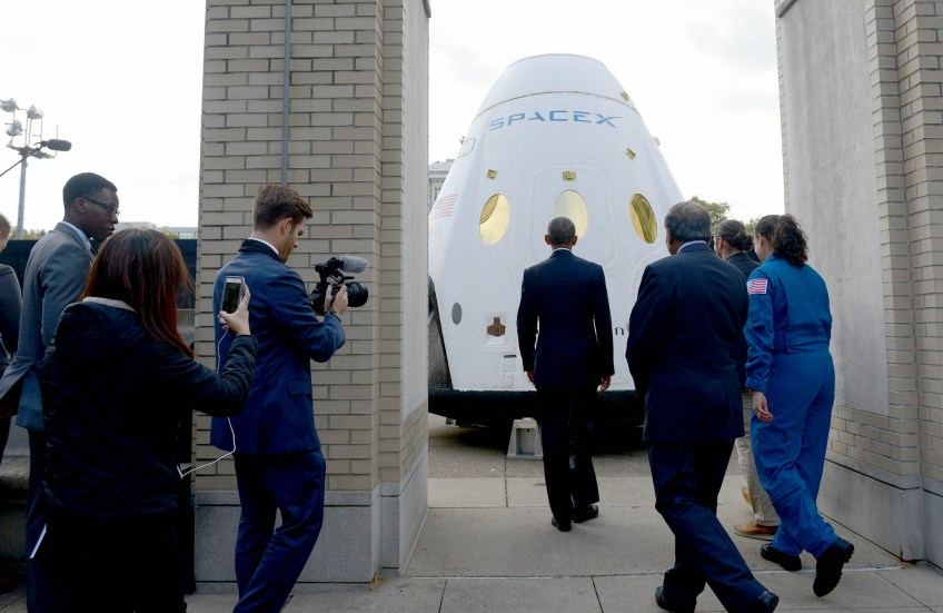 President Barack Obama is given a tour of the SpaceX Dragon Spacecraft at Carnegie Mellon University during his visit for The White House Frontiers Conference on Thursday, Oct. 13, 2016. (Photo by Michael Henninger/Post-Gazette)
