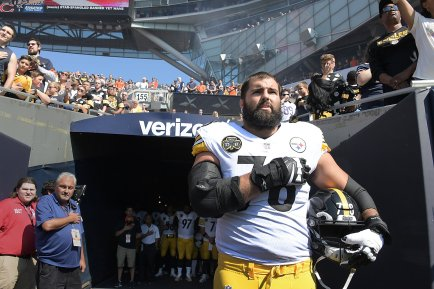 Pittsburgh Steelers Alejandro Villanueva stands near the tunnel during the National Anthem on Sunday, September 24, 2017, at Soldier Field in Chicago. (Peter Diana/Post-Gazette)