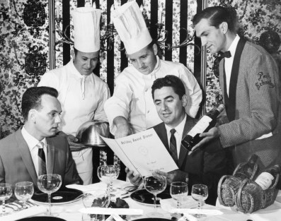 Gourmet dinner at the old Park Schenley, 1964 (Photo by Moyer, The Pittsburgh Press)