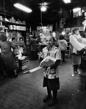Inside Pennsylvania Macaroni Company in the Strip, March 1987. (John Beale/Post-Gazette)