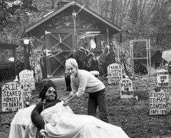 Barbara Plotz said they got carried away preparing for Halloween, 1985, photo by Bill Levis, Post-Gazette.
