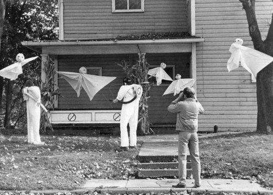 Ghostbusters save a haunted house, 1985, photo by Harry Coughanour, Post-Gazette