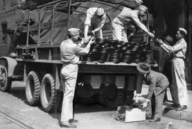 Soldiers stationed at South Park collect records. (Sun-Telegraph photo)