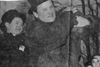 1992: Newspaper clipping, Bill Murray loses control of the groundhog (AP photo)