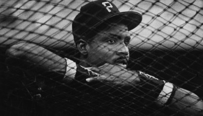 September 1991: Barry Bonds watching batting practice. He hit 25 home runs and finished second in MVP that season. (Peter Diana/Post-Gazette)