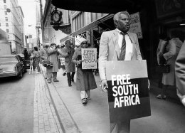 Milliones was a Pittsburgh School Board member when he led a demonstration against South Africa and its Apartheid policies in 1984. (Bill Wade/The Pittsburgh Press)