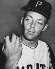 June 8, 1959: Face shows his sore fingers — presumably from throwing so many forkballs. (The Pittsburgh Press)