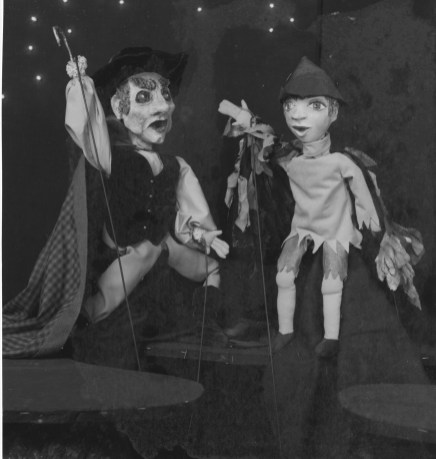 Peter Pan and Captain Hook starrred in the Lovelace Theatre production of Peter Pan.