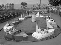 Boat ride at Kennywood. (The Pittsburgh Press)